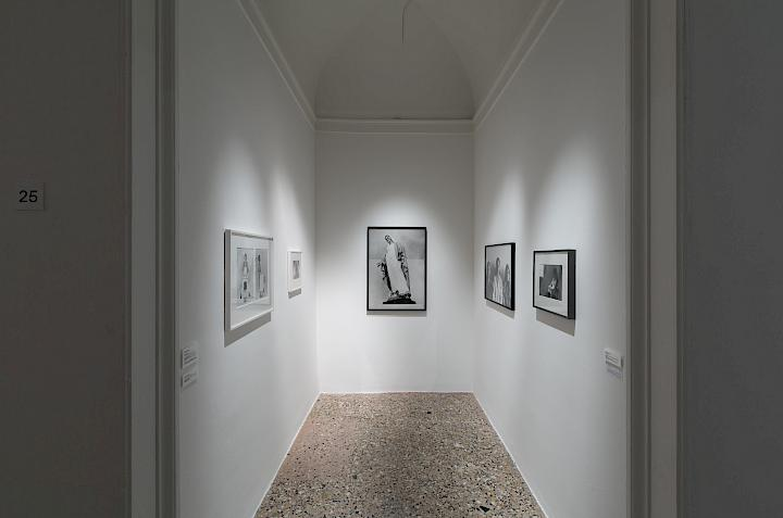 Installationsansicht, The Great Mother, Palazzo Reale, Mailand. Photo © Roberto Marossi
